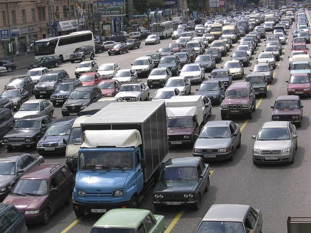 Kwikku, Taukah kamu Di China ternyata pernah terjadi sebuah kemacetan selama  hari penuh dengan panjang  Mil