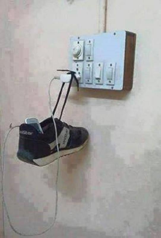 Kwikku, Mulai sekarang kamu gak perlu pusing lagi mikir keras ketika hanya memiliki kabel charge yang pendek