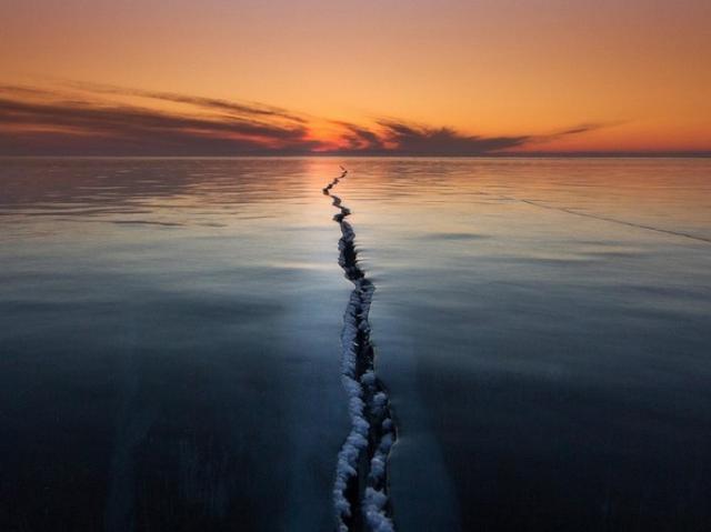 Kwikku, Es yang retak di tengah lautan yang luas sangat luar biasa
