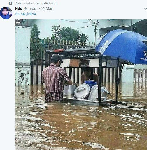 Kwikku, Banjir tak berarti harus tutup jualan