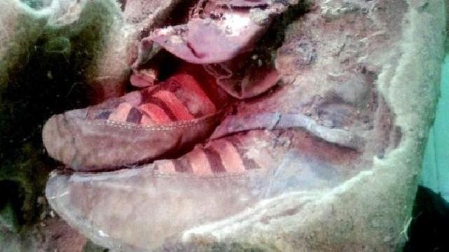 Kwikku, Sepatu Adidas yang di gunakan oleh Mumi di Mongolia