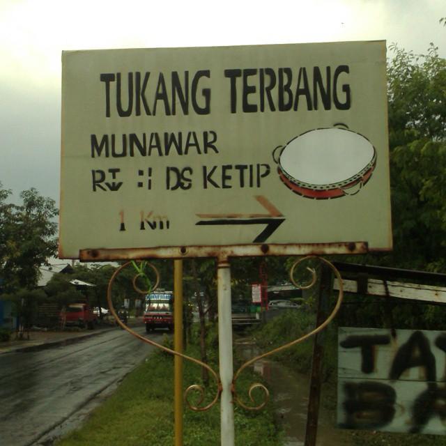 Kwikku, Dalam jarak tempuh  Km kalian bisa menemukan Tukang Terbang Munawar Ternyata Indonesia juga punya yang namanya Superman ya guys wkwkwk