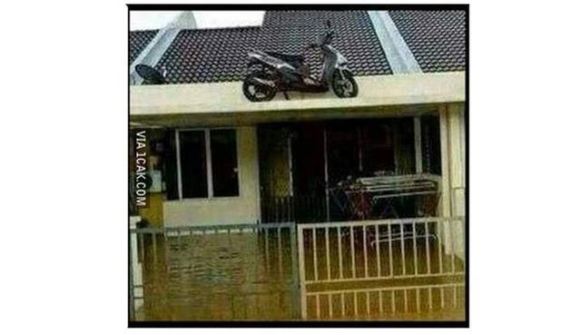 Kwikku, Parkir motormu dengan aman