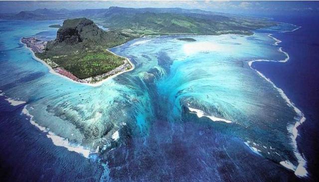 Kwikku, Air Terjun Bawah Laut Mauritius Samudera Hindia