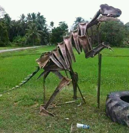 Kwikku, Di Indonesia fosil Dinosaurus bisa mudah di temukan oleh masyarakat Desa