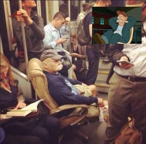 Kwikku, Mungkin dia terlalu lelah untuk berdiri sampaisampai rela membawa kursi kesayangannya ke dalam kereta