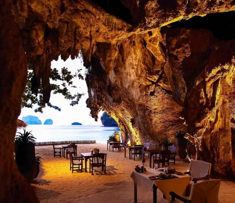 Kwikku, The Grotto Thailand