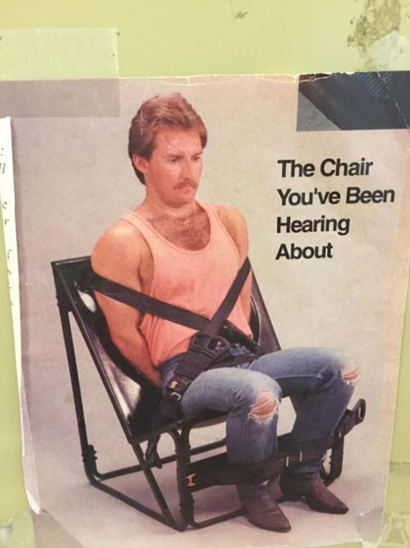 Kwikku, Menurut kalian kursi yang satu ini asal usulnya di ciptakan untuk apaan sih Menghukum suami yang ketahuan berselingkuh