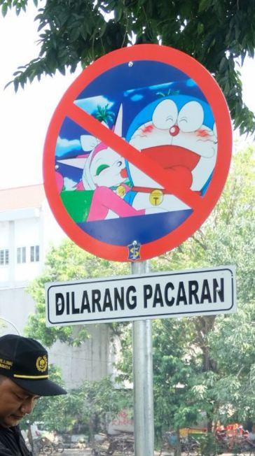 Kwikku, Awas kalian di larang pacaran di sini Doraemon aja gak boleh apa lagi kalian