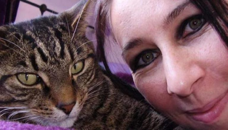 Kwikku, Barbarella Perempuan yang Menikah dengan Kucing