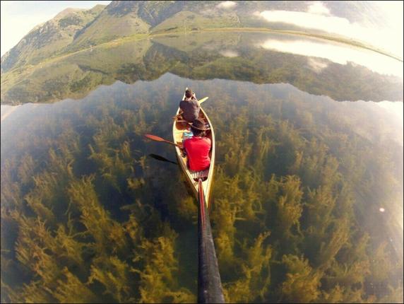 Kwikku, Karena kejernihan airnya perahu ini terlihat mengambang Selain itu tumbuhan di dalam air juga terlihat sangat jelas