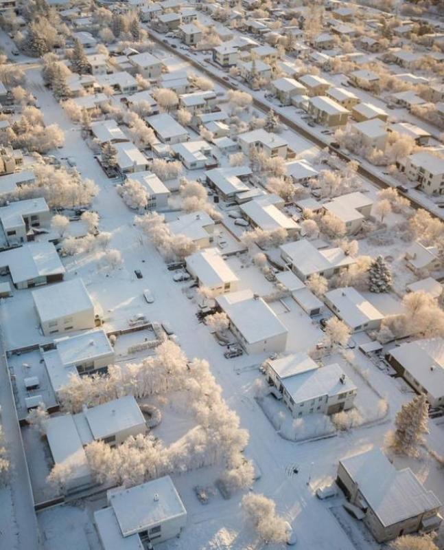 Kwikku, Kota di Iceland ini tertutup dengan salju hingga putih seluruhnya