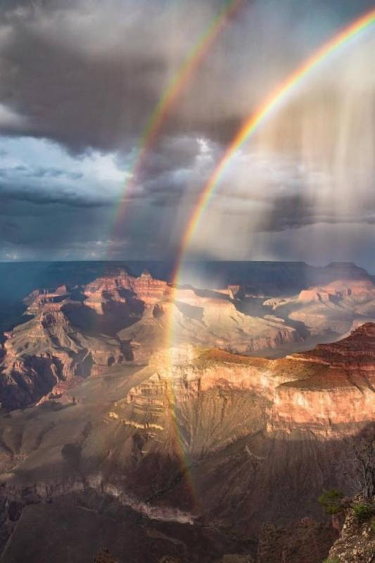 Kwikku, Mungkinkah ada dua pelangi Jawabannya ya mungkin lah Pelangi setelah hujan reda di Grand Canyon ini buktinya
