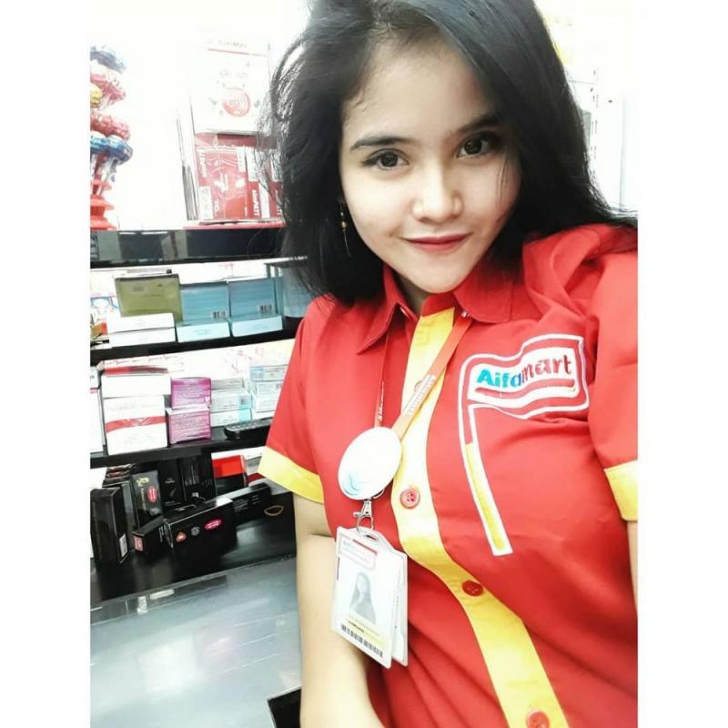 Kwikku, Punya pengikut akun sosmed  ribu lebih Siti Munawaroh juga menjadi perhatian netizen karena kecantikannya