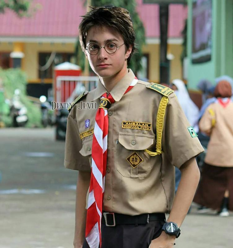 Kwikku, Ada yang kenal dengan Harry Potter Daniel Radcliffe sebelum menjadi artis dia ikutan pramuka lho guys