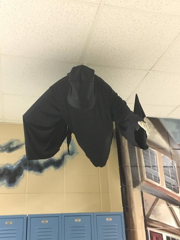 Kwikku, Sudah pasti bulu kuduk bakalan berdiri nih kalau lewat di koridor ruangan yang ada dementor ini hiiiii ngeriiii