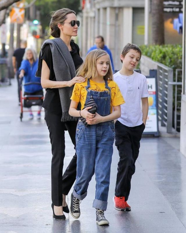 Kwikku, Knox Leon dan Vivienne Marcheline JoliePitt