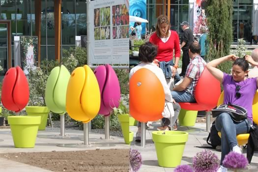 Kwikku, Kursi taman berbentuk bunga