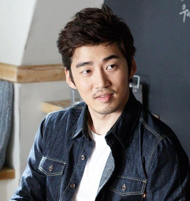 Kwikku, Yoon Kye Song