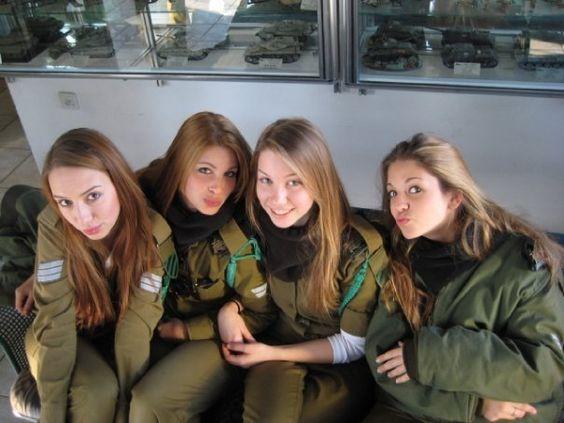 Deretan Tentara Cantik Israel Kenalan Yuk Mblo