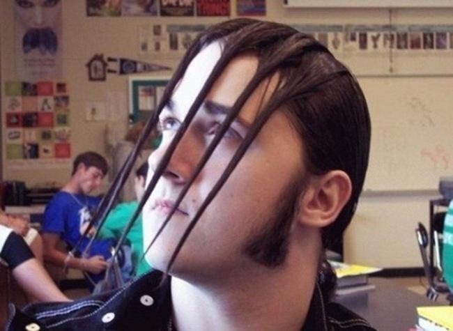 12 Model Rambut yang Terlalu Kreatif sekaligus Ngeselin