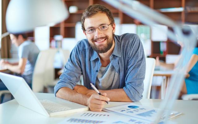 Lakukan 5 Langkah Ini Supaya Bahagia Ketika Bekerja di Kantor