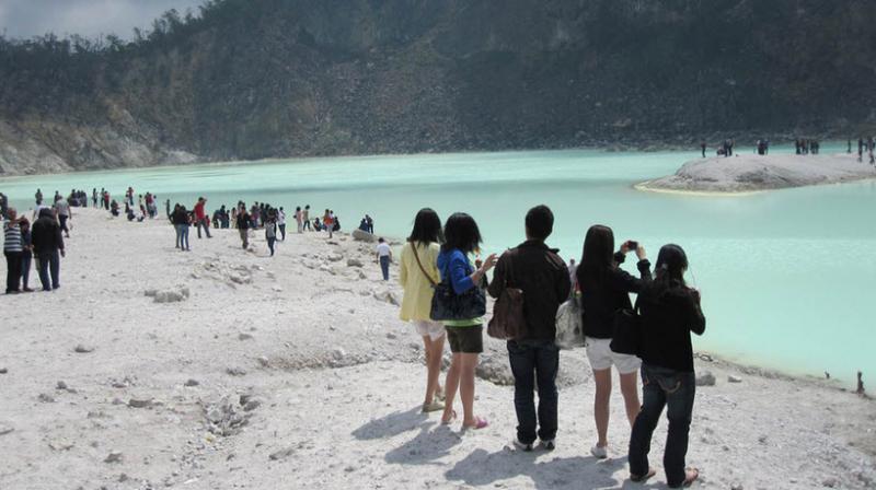 Kawah Putih Ciwidey - Wisata Bandung yang Wajib Kamu Kunjungi