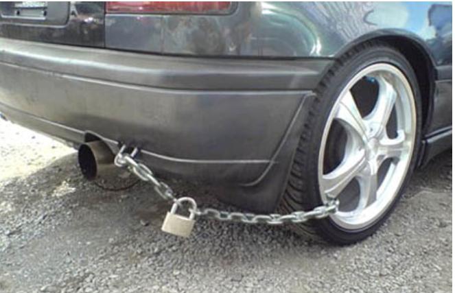 Nggak Cuma Ke Pacar Sederet Orang Ini Juga Protektif Sama Mobilnya Ini Buktinya