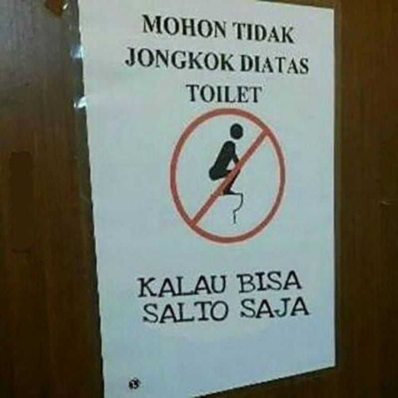 Terkesan Nyinyir 8 Peringatan Gokil Toilet Umum Ini Harus Ditaati