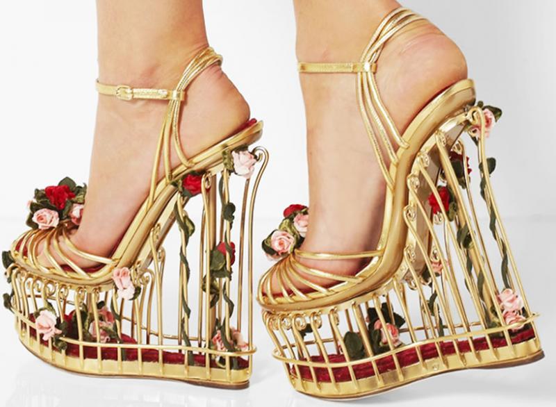 15 Model Sepatu Teraneh di Dunia Bikin Mikir Mau Pakai
