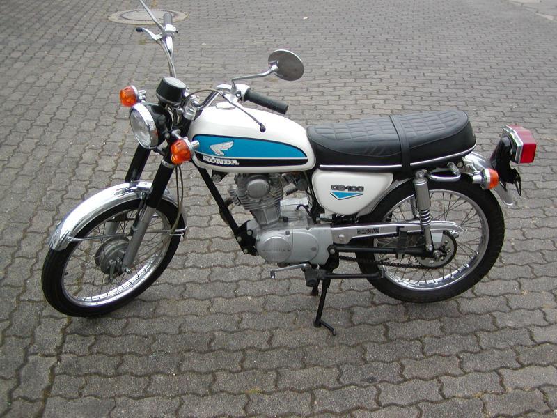 Rilis Tahun 70-an Honda CB100 Punya Kelebihan yang Tak Kalah Dengan Motor Keluaran Baru
