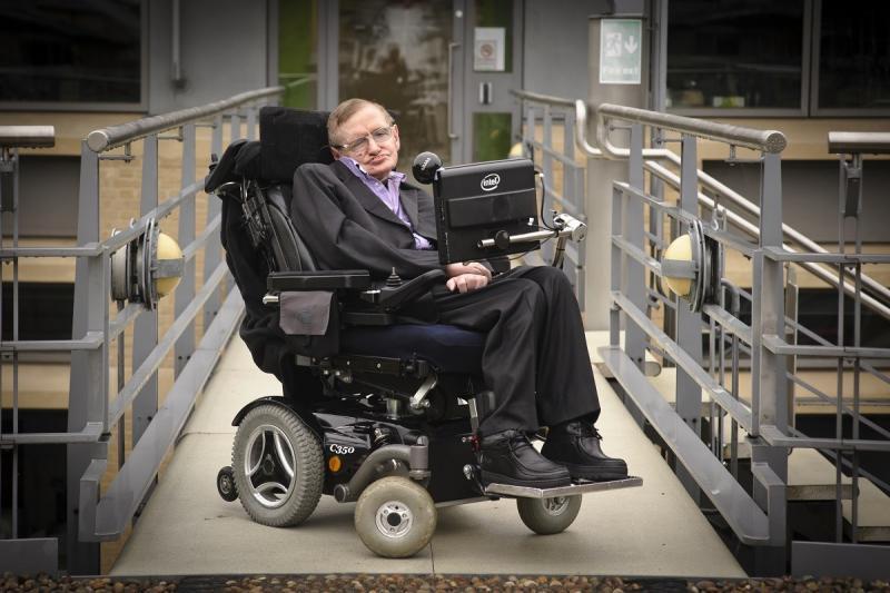 Bukan Sembarang Kursi Roda Milik Stephen Hawking Ini Sangat Canggih Lebih Dari Yang Dibayangkan