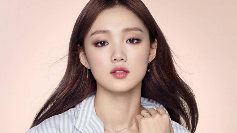 6 Gaya Lee Sung Kyung Dalam Setiap Drama Beri Gambaran Tentang Fashion Goal