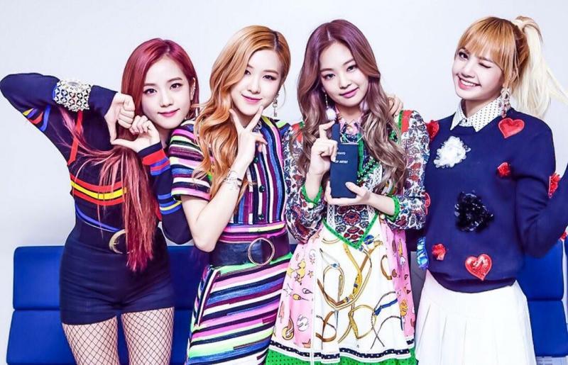 Identik Dengan Full Color Bintang K-Pop Berikut Aplikasikan Konsep Fashion Tabrak Warna