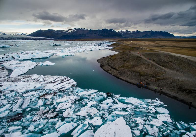 Daratan Kutub Utara yang Di Ambil Langsung Dari Drone Ternyata Anggapan Kalian Selama Ini Itu Salah