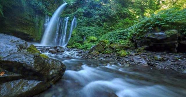 Berikut 6 Air Terjun Paling Aneh Di Dunia Namanya Aja Gak Masuk Akal