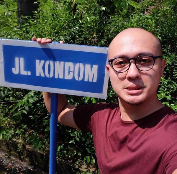 200M ke utara ada jalan Kimochi